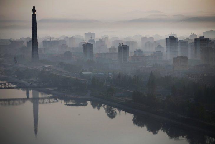 panorámica de monumento norcoreano