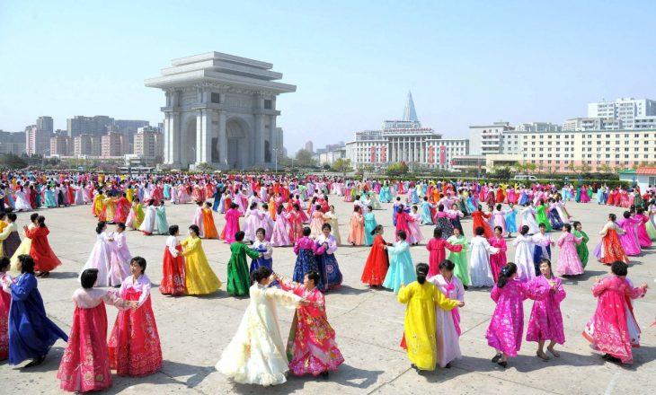 el arco del triunfo norcorea