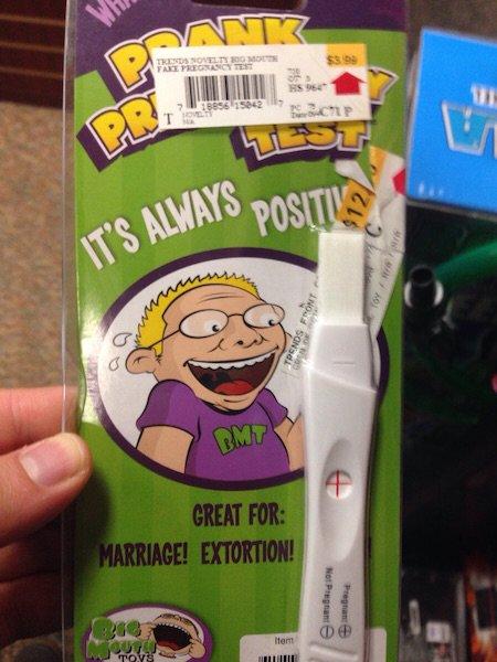 La broma de la prueba de embarazo falsa