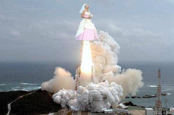 Novia despegando como cohete