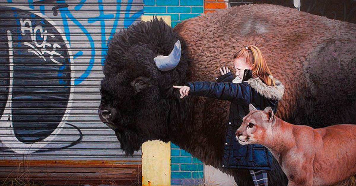 Artista crea pinturas de ni os y animales son incre bles for Animales fuera de serie