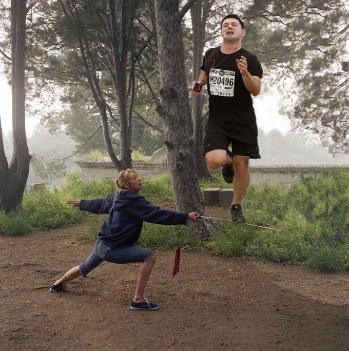 Escena de Kill Bill con el maratonista con un tapón en la nariz