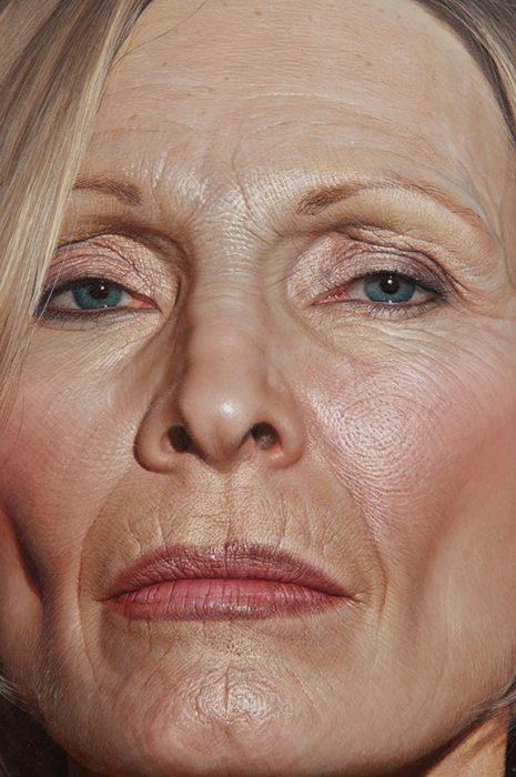 Bryan Drury pintura de rostro de mujer grande
