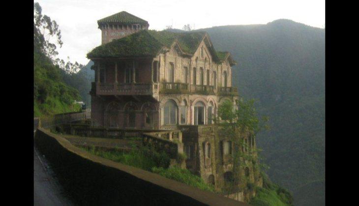 Hotel en colina