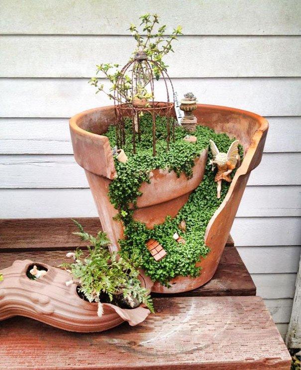 Jardines miniatura hechos de macetas rotas vas a querer uno for Jardines en miniatura