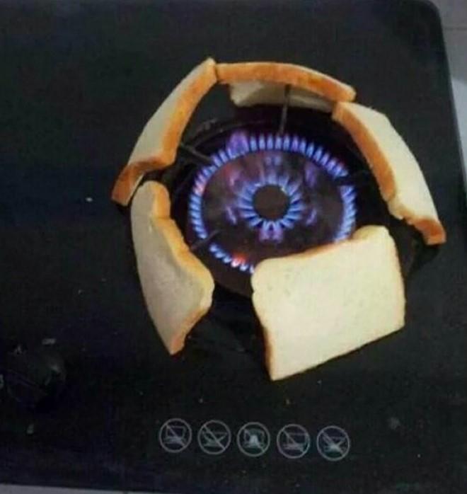 Situaciones estudihambre. Calentar los panes con el fuego de la estufa
