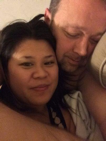 Pareja de esposos en selfie