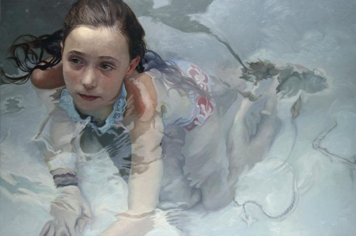 retrato de niña en alberca Alyssa monks