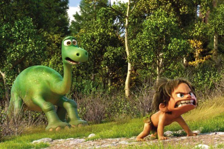 dinosaurio y niño