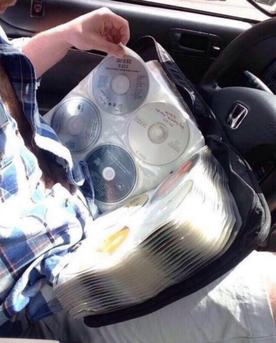 Cosas que antes hacías. Estuche para el coche con todos los cds