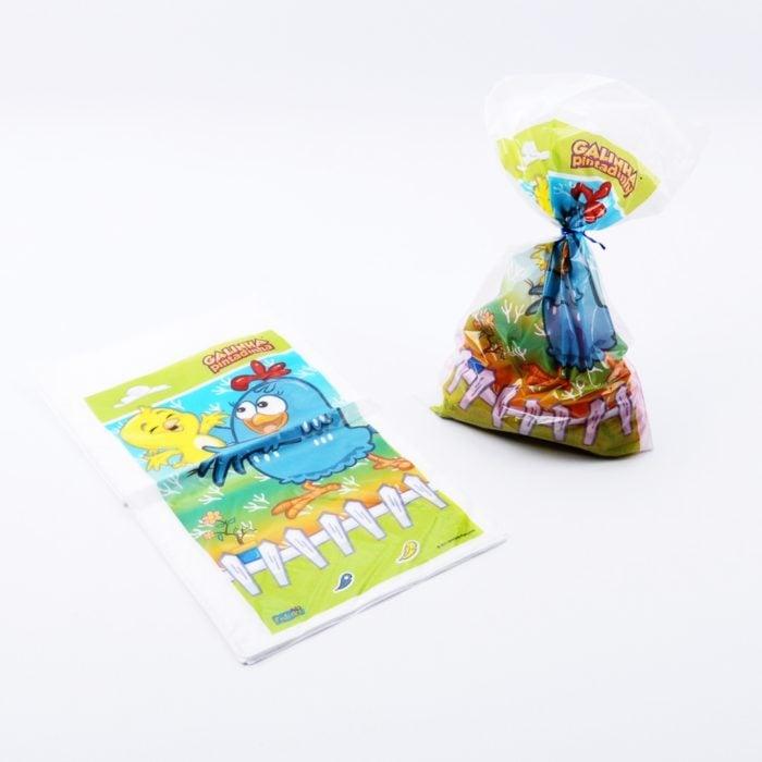 Aguinaldos en bolsas de plástico de la gallina pintadita