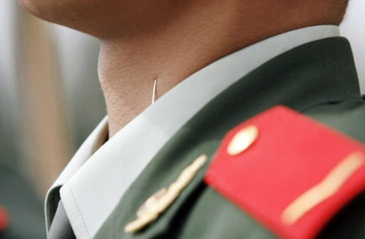 alfiler en soldado chino