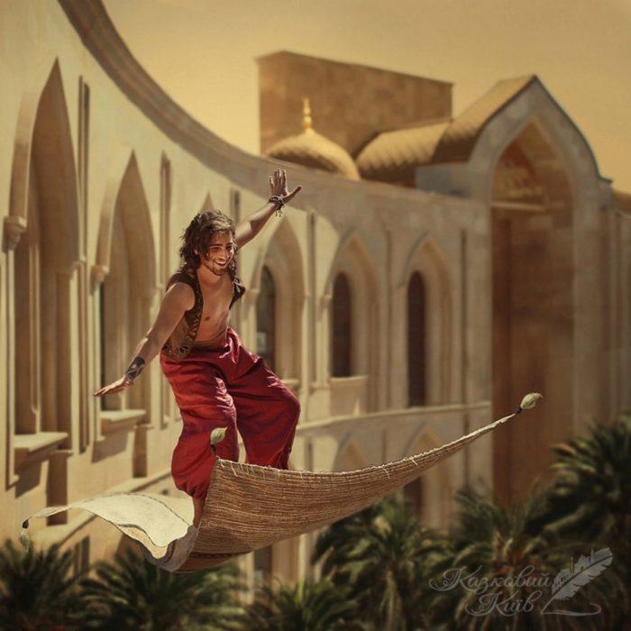 """Fotografía de """"Mágico Kiev"""" del cuento de Aladdin mientras vuela en su alfombra mágica"""