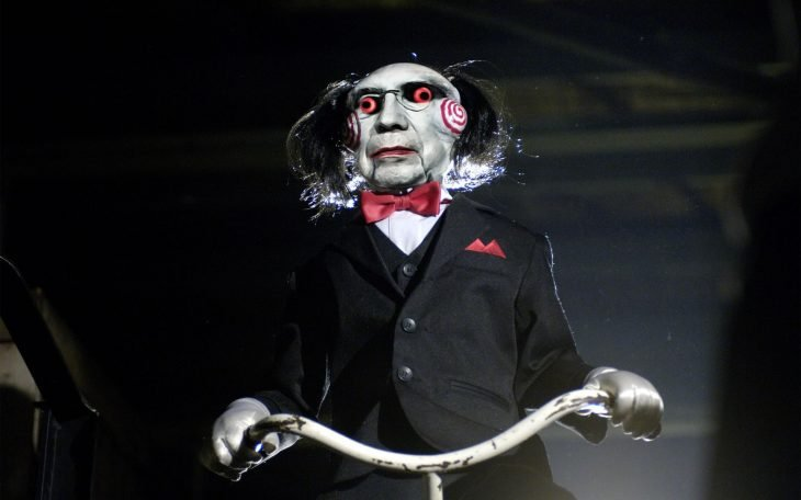 Henrique Mirelles como Saw