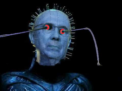 Henrique Mirelles como el personaje de Hellraiser