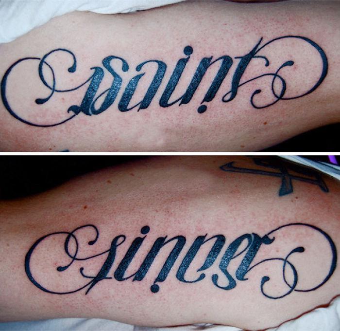 Tatuaje que de un lado dice SAINT y del otro lado dice SINNER