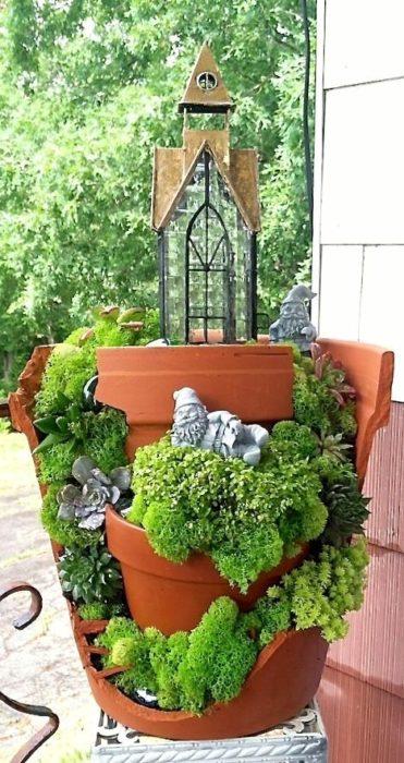 jardín miniatura de maceta rota 20