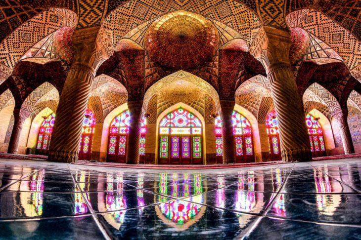 Interior de mezquita