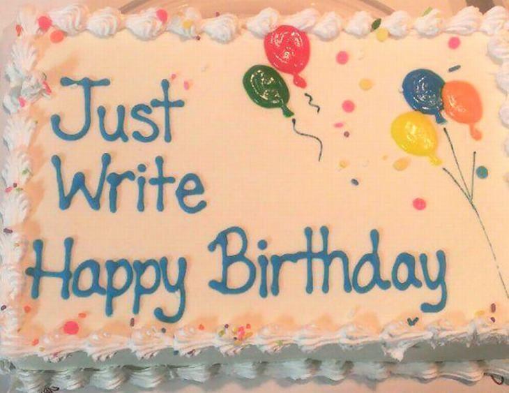 Pastel desastroso. Sólo escribe feliz cumpleaños