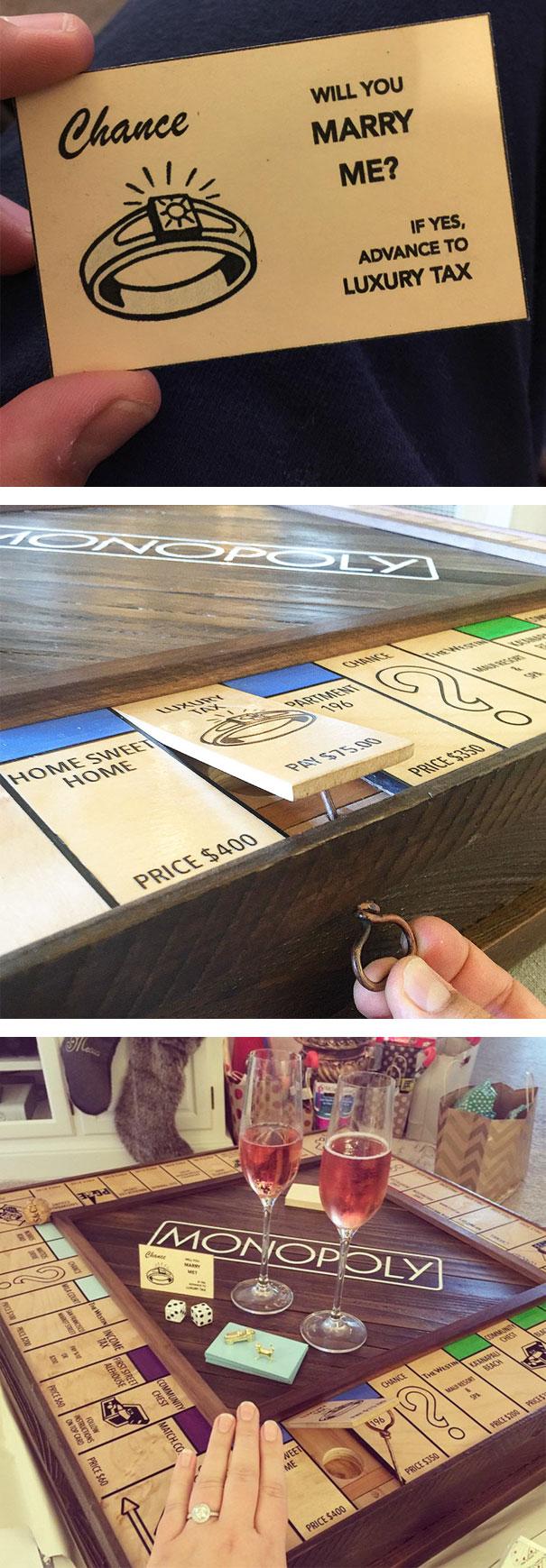 Propuesta de matrimonio mientras juegan Monopoly