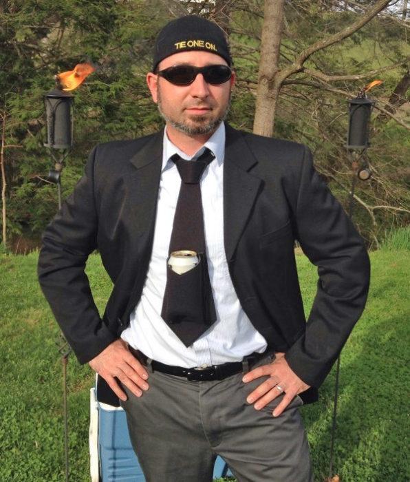 corbata sostenedora de cerveza