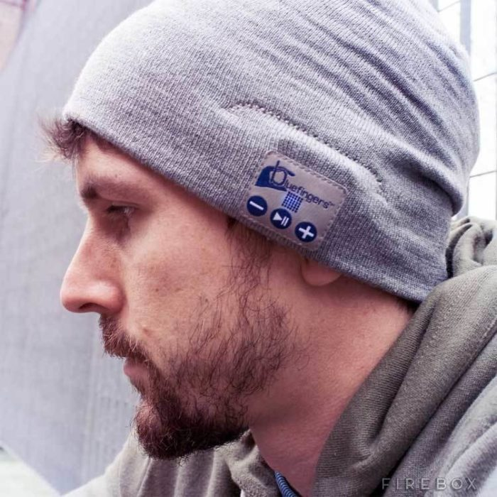 Gorra con mp3 integrado