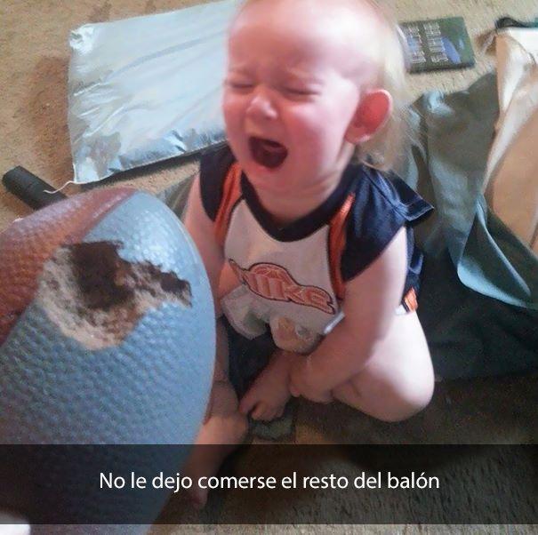 niño llorando por balón