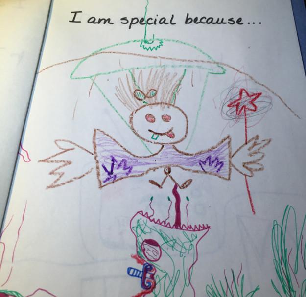 dibujo de niña autoretrato