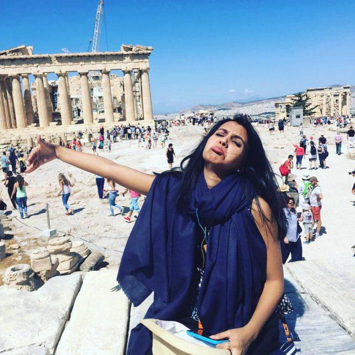 mujer en grecia