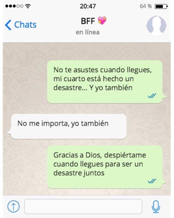 mensaje de texto entre amigas
