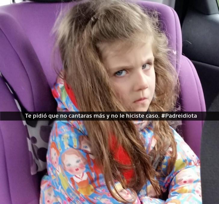 niña enojada en una camioneta