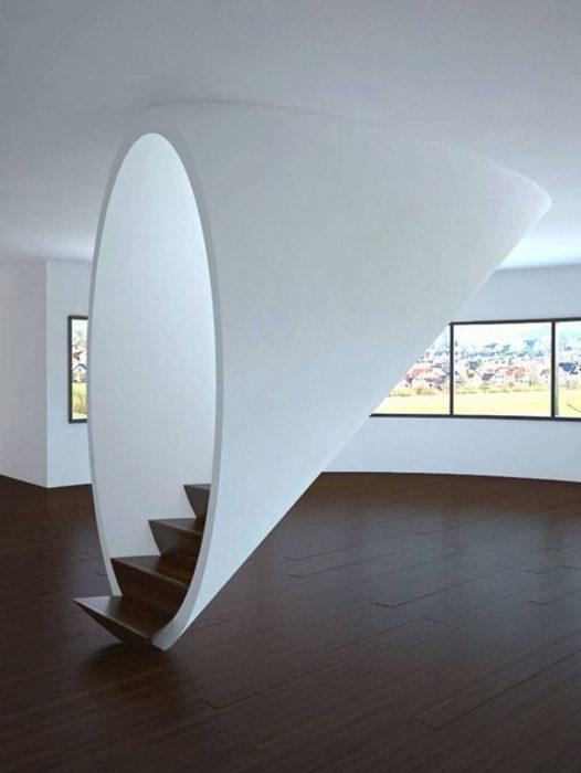 escalera portal a otra dimensión
