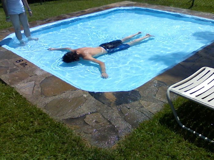 piscina poco profunda