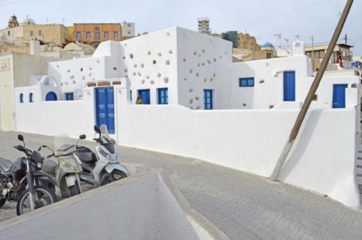 casa blanca en grecia