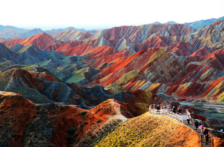 montañas de colores de china