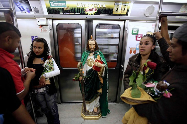 san judas en el metro