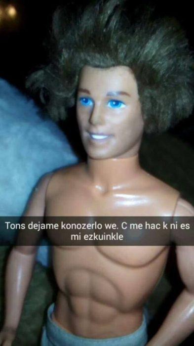 ken seguía platicando con barbie
