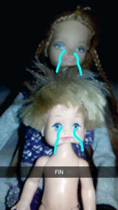 barbie triste y niño tambiién