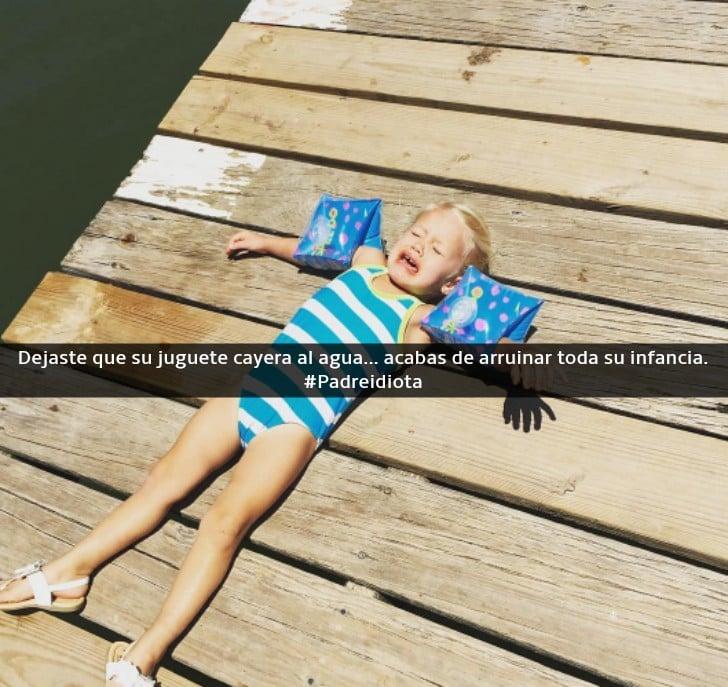 niña con flotadores llorando