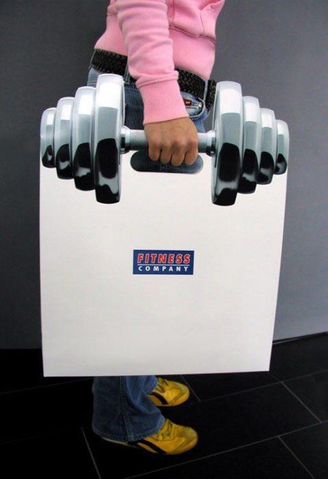 bolsa con diseño de pesa