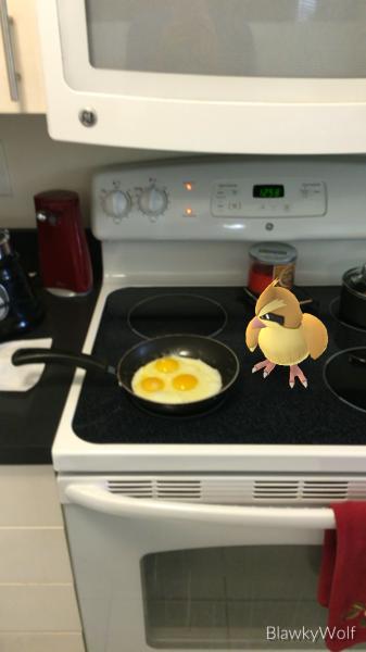 Adictos Pokemón Go comiendo