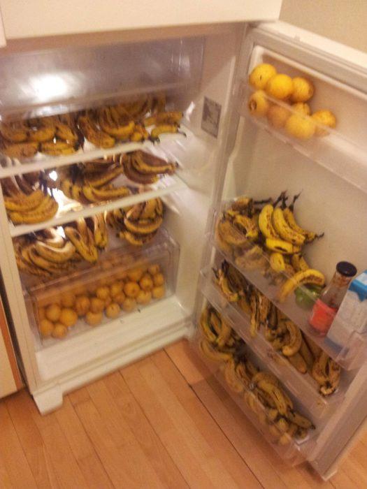 Fotos de bananas en refrigerador