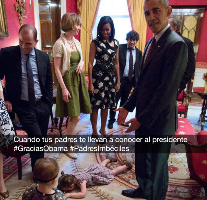 foto niña haciendo berrinche con obama