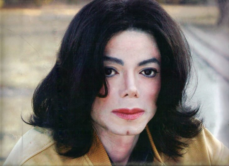 Michael Jackson con cabello largo