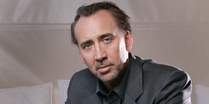 Nicholas Cage de traje