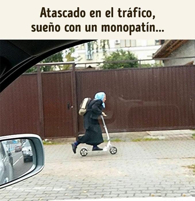 anciana en patín