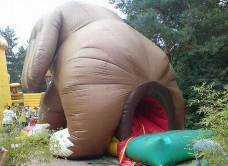 juego inflable de elefante inapropiado para niños
