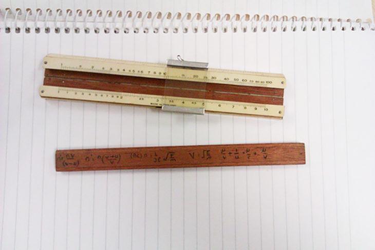ecuaciones en una regla de madera