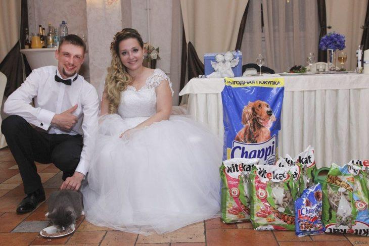 recién casados y croquetas