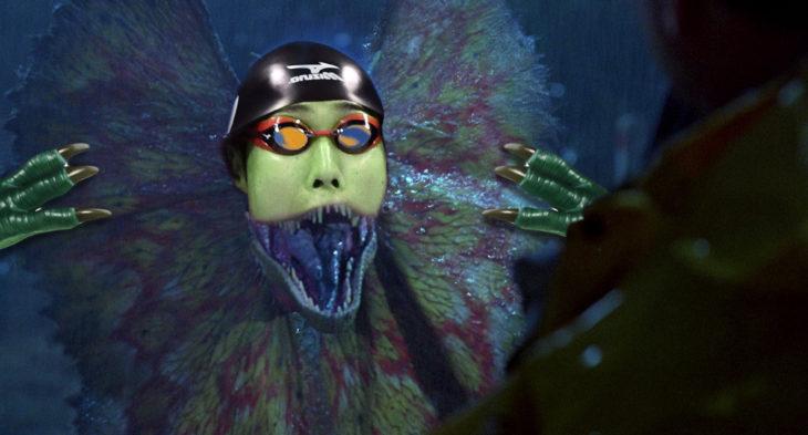 nadador editado como reptil